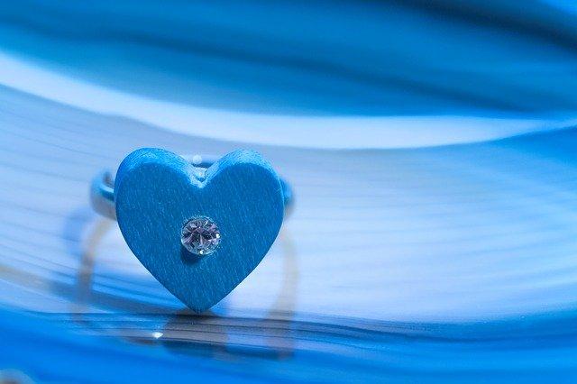 prsten, srdce, kamínek